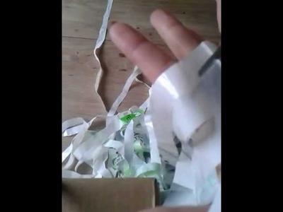 Plastic zakjes knippen in een lint