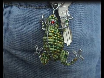CraftRootz - Frog keyring (glass beads)