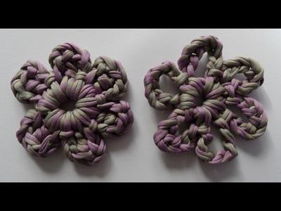 Bloemen van textiel garen