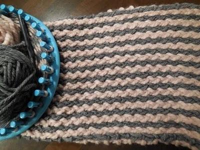 Verticale strepen op een breiring. sjaal