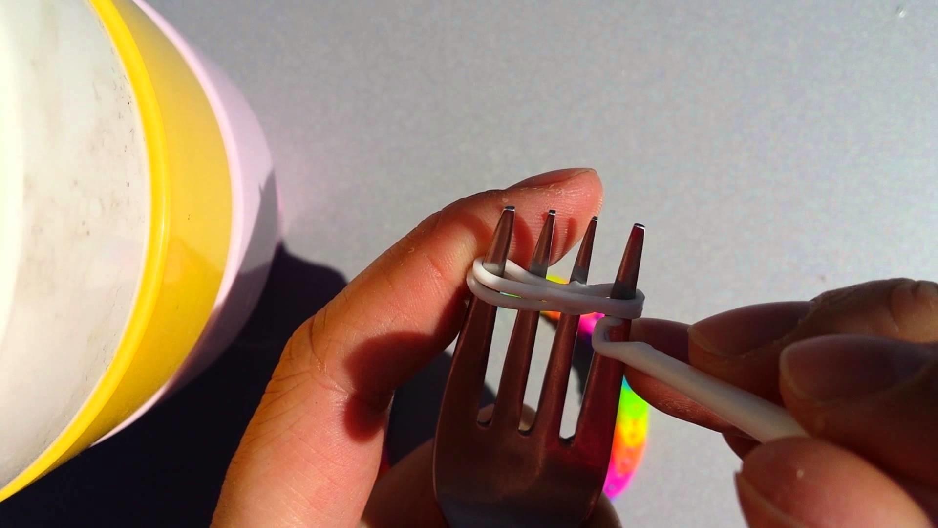 Armbandjes maken met een vork