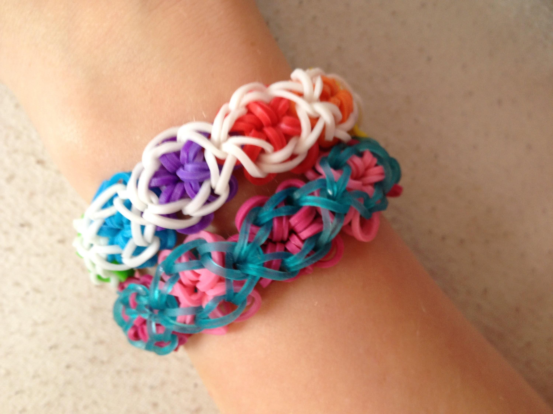 "Uitleg ""Flower Power Bracelet"" van Rainbow Loom elastiekjes"