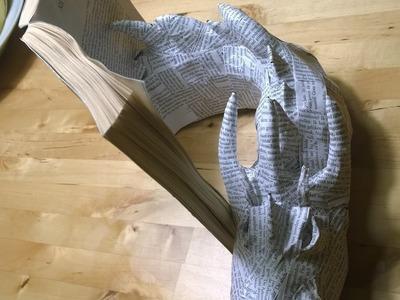 """DIY: Smaug, de draak uit """"The Hobbit"""", van papier mache"""