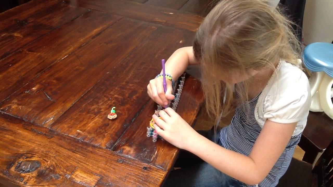 Rainbow Loom Cupcake door Aniek (Nederlands)