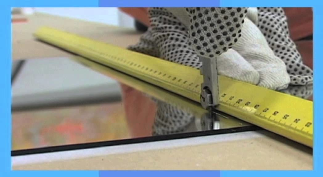 Praxis laat zien hoe je een spiegel op maat kunt snijden