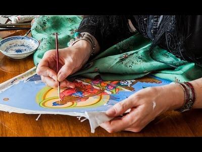 Hoe teken je Boeddha? Carmen Mensink schildert een Tibetaanse thangka