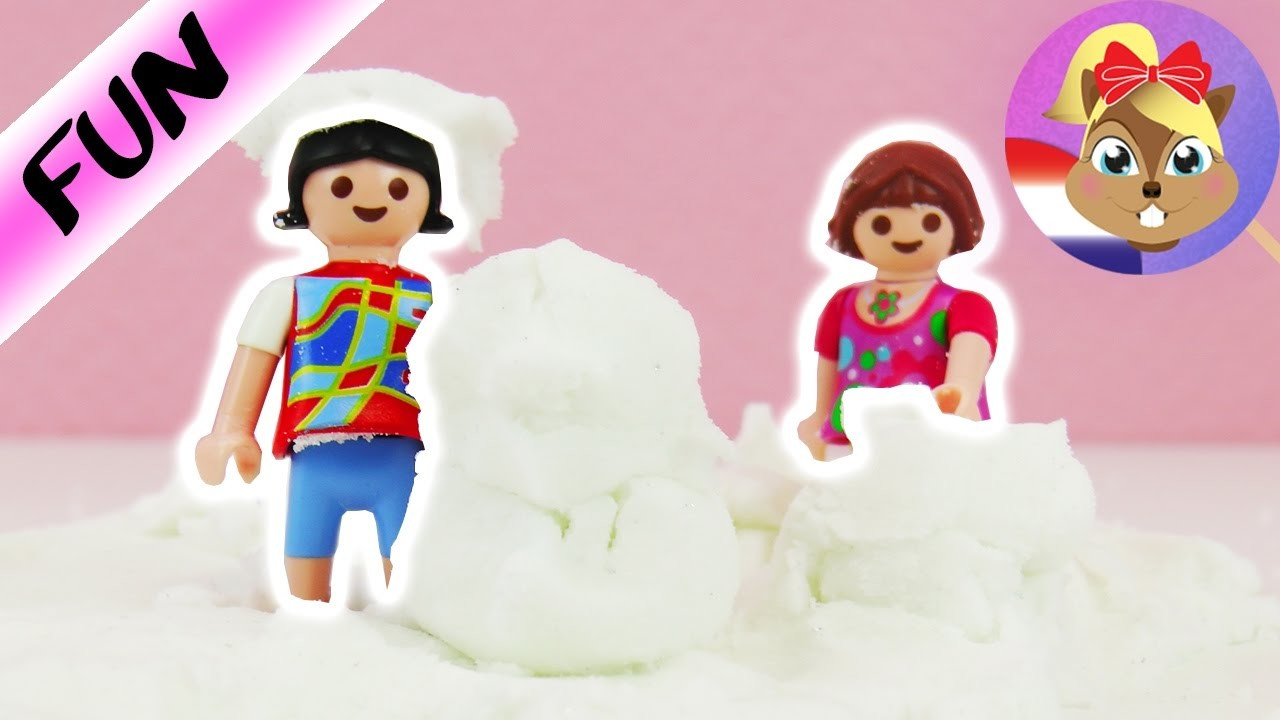 SNEEUW zelf maken | LENA en CHRISSI spelen met witte winterklei | DIY recept voor klei