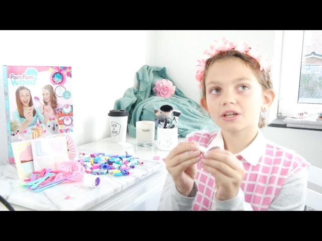 Review. DIY: Pom Pom Wow