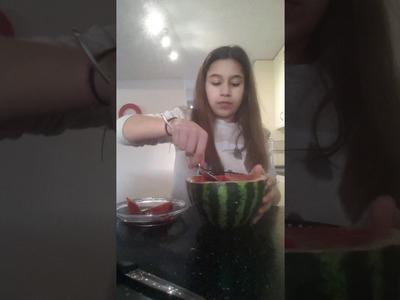 DIY watermeloen fruit snack!!! en mijn eerste video!!