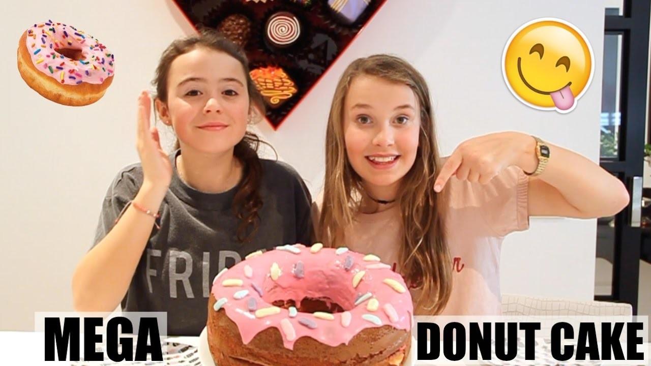 MEGA DONUT CAKE BAKKEN! DIY